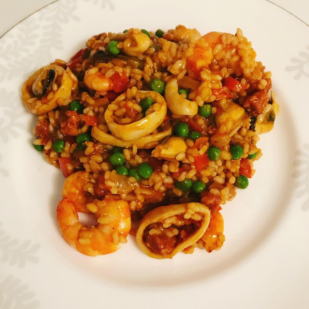 Seafood and chorizopaella